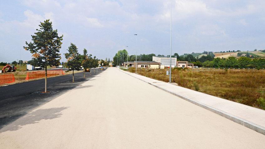 Viale d'accesso Plesso Scolastico Monteveglio – Bologna